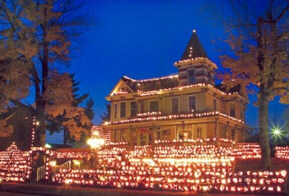 Kenova's Pumpkin House – Kenova, West Virginia - Atlas Obscura