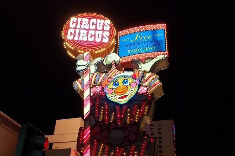 Topsy the Clown