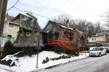 The Cincinnati Mushroom House
