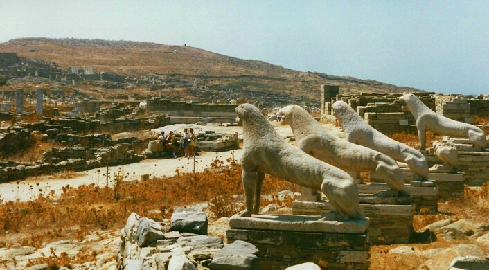 Terrace of the Lions – Mikonos, Greece - Atlas Obscura