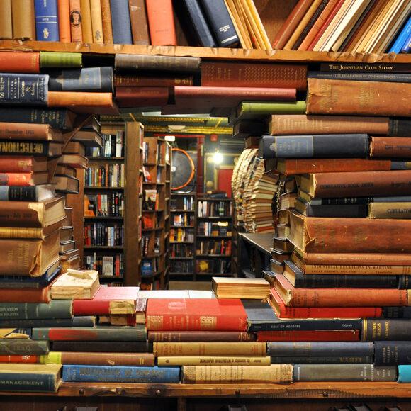 The Last Bookstore – Los Angeles, California - Atlas Obscura