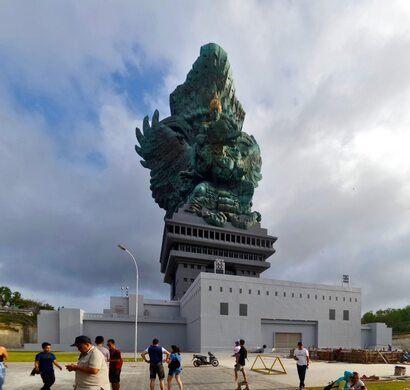 Garuda Wisnu Kencana Statue Kuta Selatan Indonesia Atlas Obscura