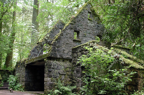 The Witch's Castle – Portland, Oregon - Atlas Obscura