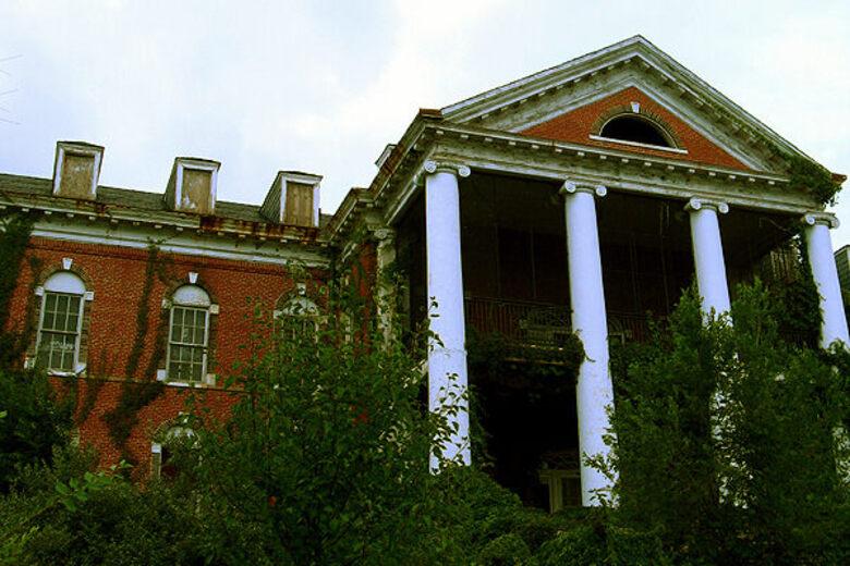 Abandoned DeJarnette Sanitarium – Staunton, Virginia - Atlas