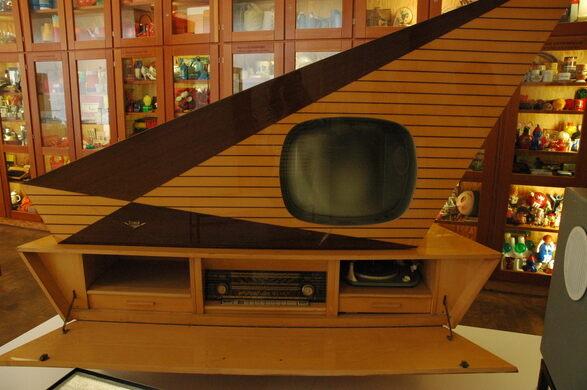 museum der dinge berlin germany atlas obscura. Black Bedroom Furniture Sets. Home Design Ideas