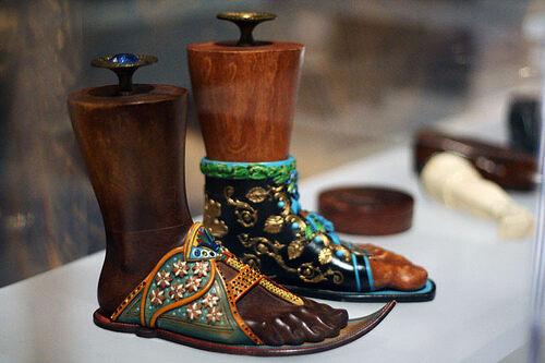 Bata Shoe Museum Toronto Ontario Atlas Obscura