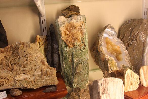 S 246 Ren And Sigurborgar S Rare Stone Collection