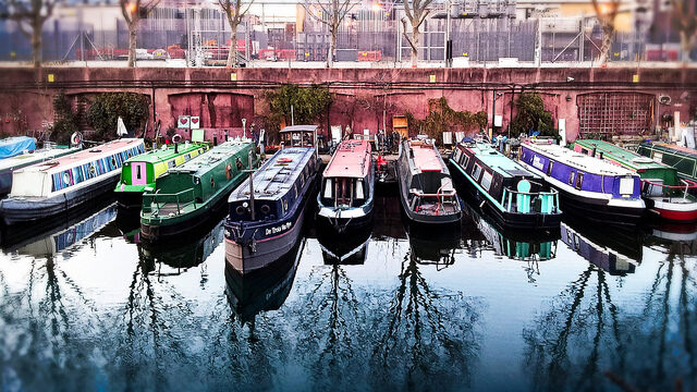 Houseboats of Regents Canal – London, England - Atlas Obscura