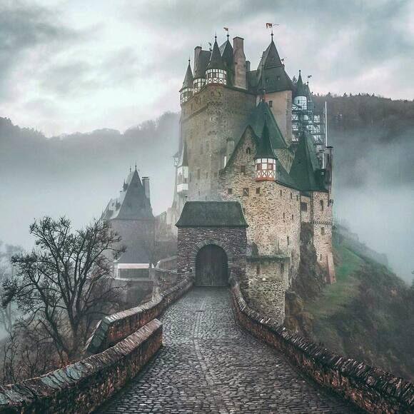 Eltz Castle Burg Eltz Wierschem Germany Atlas Obscura