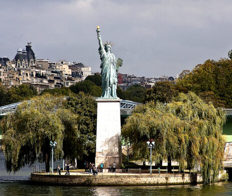what is the importance of the statue of liberty
