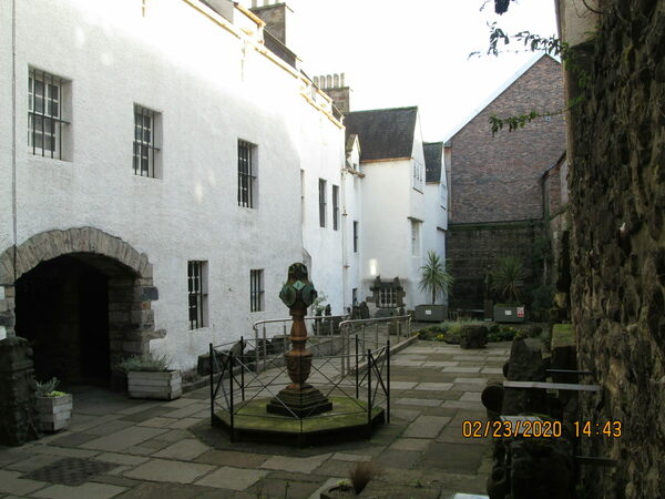 Monuments Garden in Edinburgh, Scotland