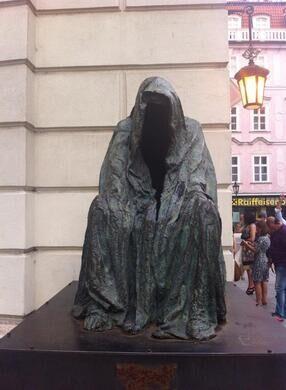 'Il Commendatore' ('Cloak of Conscience')