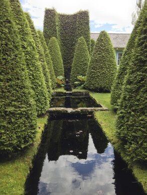 Les jardins de quatre vents la malbaie qu bec atlas for Le jardin des 4 vents