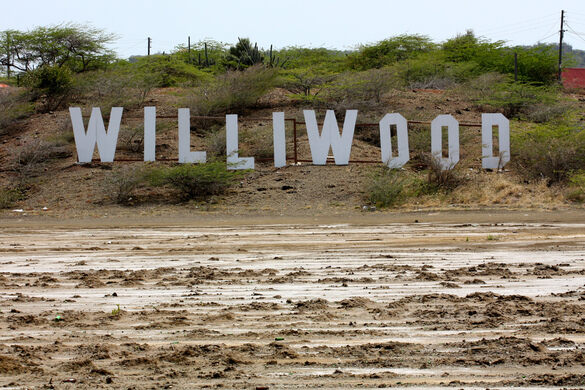 Williwood Sign – Willemstad, Curaçao - Atlas Obscura