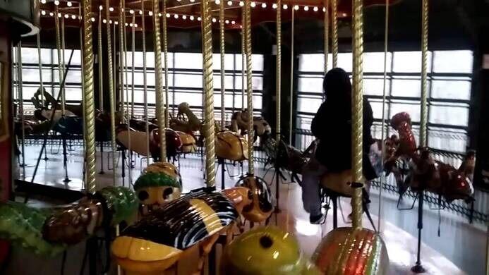 Bronx Zoo Bug Carousel – Bronx, New York - Atlas Obscura