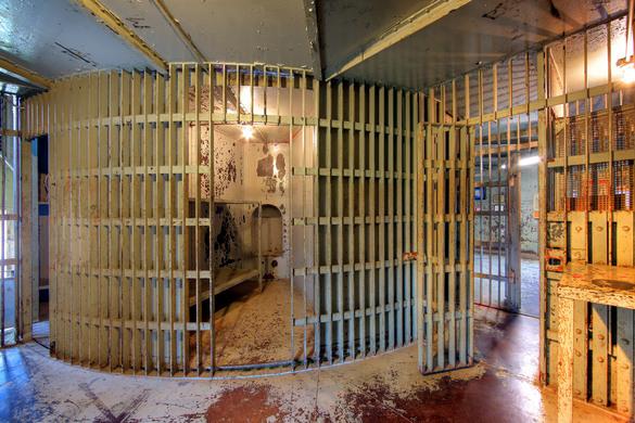 Pottawattamie Squirrel Cage Jail Council Bluffs Iowa