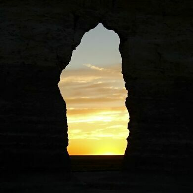 Monument Rocks – Oakley, Kansas - Atlas Obscura