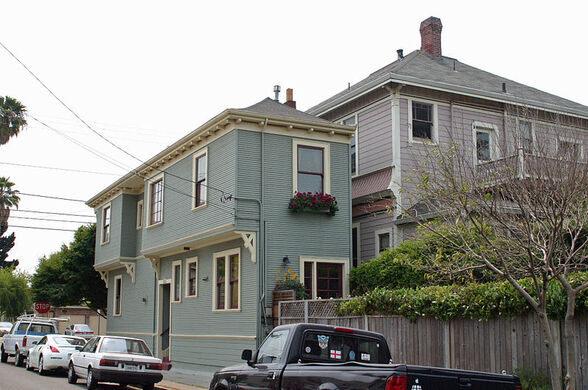 Midget house alameda