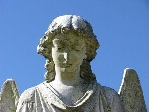 Turning Angel' Statue – Natchez, Mississippi - Atlas Obscura