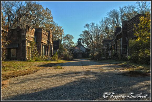Spectre Set Ruins Millbrook Alabama Atlas Obscura