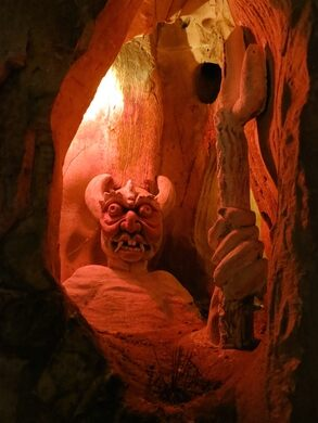 Am Phu Cave – Da Nang, Vietnam - Atlas Obscura