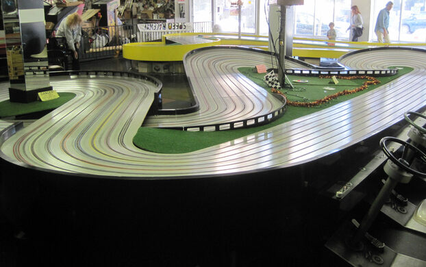 Slot car museum roma 1 how to play poker hands in position