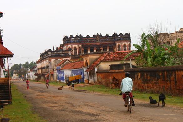 Kanadukathan India  city photos gallery : The Mansions of Kanadukathan – Kanadukathan, India | Atlas Obscura