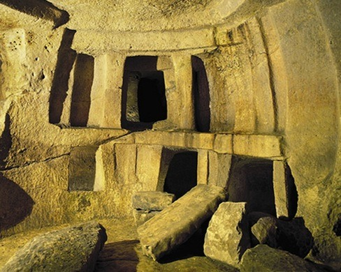 The 6,000-Year-Old Underground Labyrinth: The Ħal Saflieni Hypogeum of Malta W1siZiIsInVwbG9hZHMvcGxhY2VfaW1hZ2VzLzcyODI1MzJmY2Q3NGY4Yjc0N183MjkzODQ2NzI2XzNkYjhiNDZmY2YuanBnIl0sWyJwIiwidGh1bWIiLCJ4MzkwPiJdLFsicCIsImNvbnZlcnQiLCItcXVhbGl0eSA5MSAtYXV0by1vcmllbnQiXV0