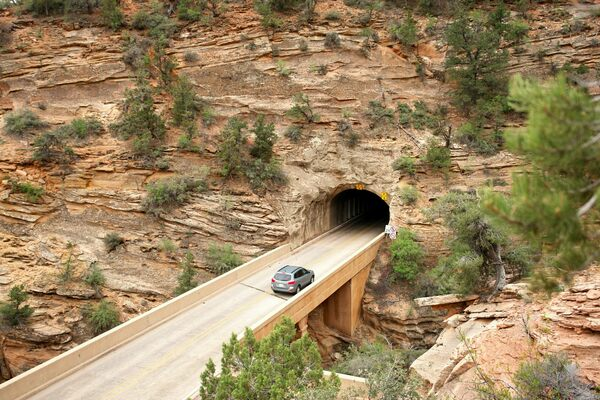 Zion–Mount Carmel Tunnel