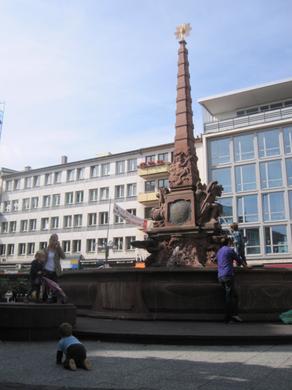 Frankfurt wishing wells frankfurt germany atlas obscura for Liebfrauenberg frankfurt