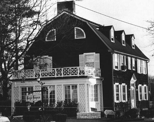 Amityville Horror House – Amityville, New York - Atlas Obscura