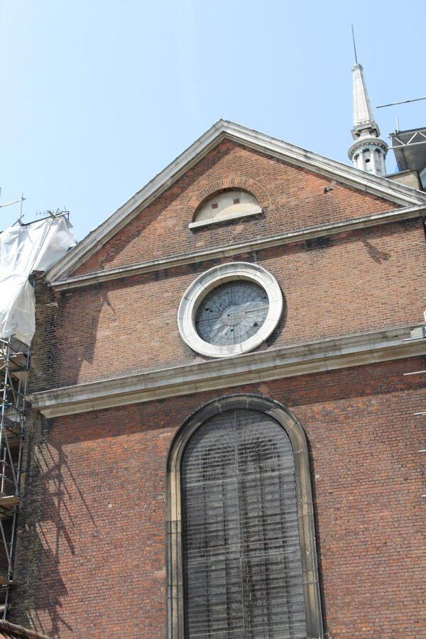 Shoreditch Church: St. Leonard Church Of Shoreditch