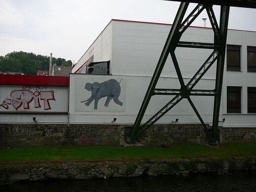 German swinging monorail