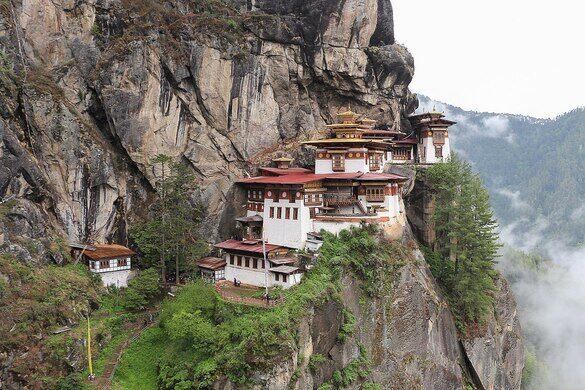 1280px-Taktsang_Monastery,_Bhutan_03.jpg