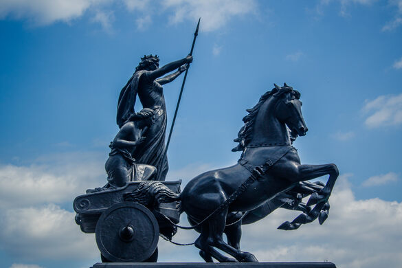 Boadicea and Her Daughters – London, England - Atlas Obscura