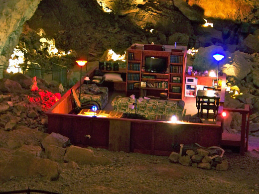 Grand Canyon Caverns Underground Suite Peach Springs