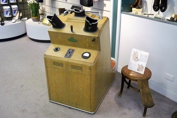 Shoe Store In Des Plaines Il