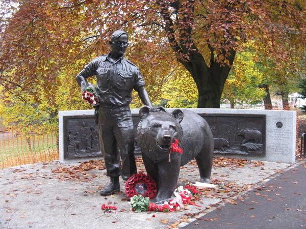 Wojtek the Soldier Bear Memorial – Edinburgh, Scotland