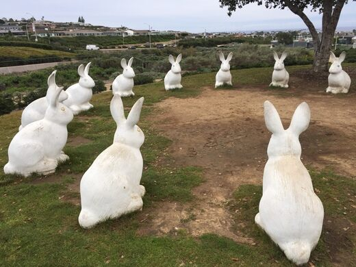 Bunnyhenge – Newport Beach, California - Atlas Obscura