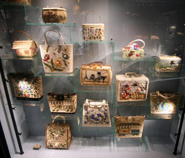 Samsonite Tassen Amsterdam : Tassen museum of bags and purses amsterdam netherlands