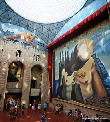 Museo Dali Figueres.Dali Theatre And Museum Figueres Spain Atlas Obscura