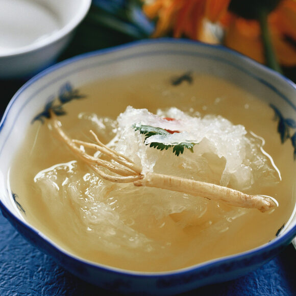 A bowl of bird's nest soup, with ladybell root.