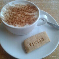 Salep milk and a biscuit.