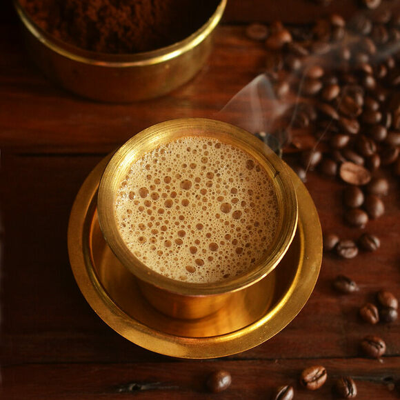 The beverage's fragrance is due to a mixture of chicory and ground coffee powder.