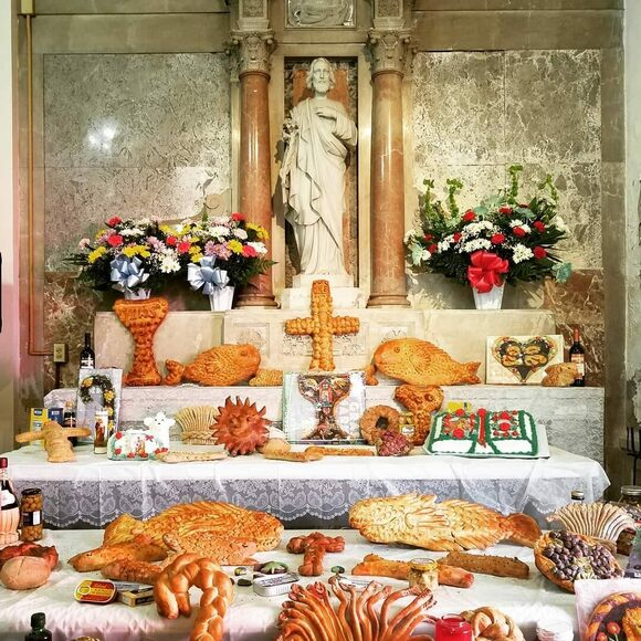 An entire bread altar to St. Joseph.